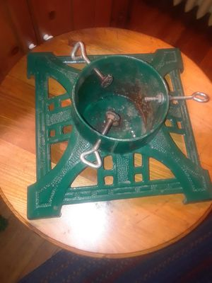 Vintage tree stand for Sale in Trenton, NJ