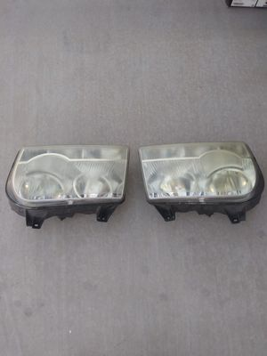 Headlight crysler 300 for Sale in Surprise, AZ