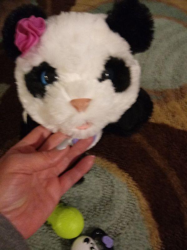 Fureal friends baby panda