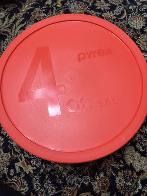 Mixing bowl with cover for Sale in Manassas, VA