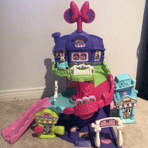 Minnie Mouse Around Town Playset for Sale in Costa Mesa, CA