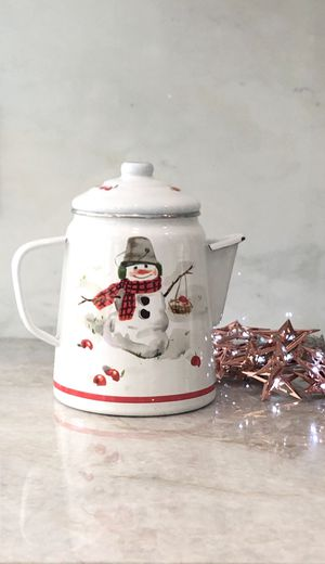"Farmhouse Enamel Ware Coffee Teapot Kettle (Snowman) 9"" H for Sale in Miami, FL"