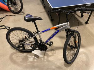 "Schwinn hi timber mountain bike kids 24"" wheel for Sale in Miami, FL"