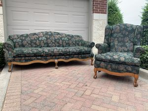 Couch and chair set for Sale in Fort Worth, TX