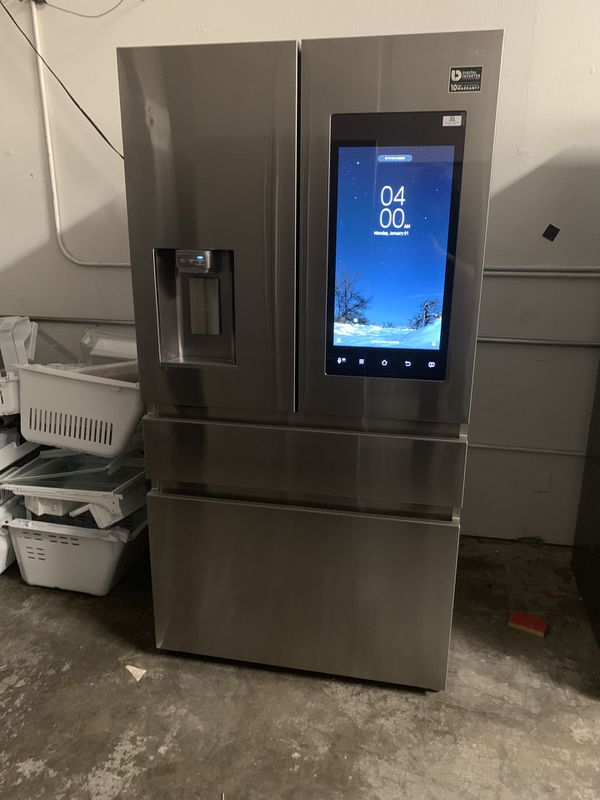 Samsung Family Hub Refrigerator Outlet *OVER 50% OFF RETAIL*