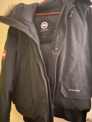 Xl Canada goose for Sale in Saugus, MA