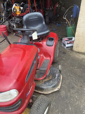 Craftsman 6 Speed Ride On Lawn Mower for Sale in Morrow, GA