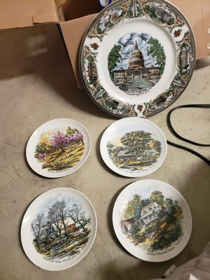 Collectible Plates glass for Sale in Moreno Valley, CA