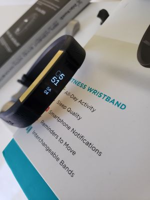 Fitbit alta gold series for Sale in Houston, TX