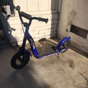 Kid Scooter for Sale in Huntington Beach, CA