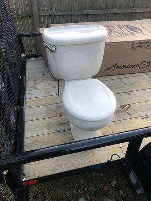 Toilet for Sale in Lawrence, MA