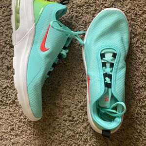 Nike tennis shoes for Sale in Oklahoma City, OK