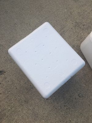 Styrofoam cooler for Sale in Downers Grove, IL
