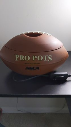 Football Crock-Pot (small) for Sale in Severn,  MD