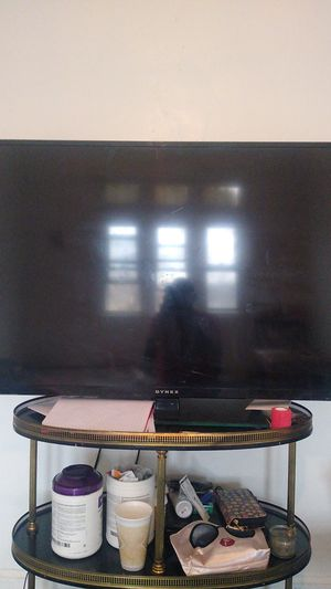 Dynex 50 Inch Led Tv for Sale in Detroit, MI