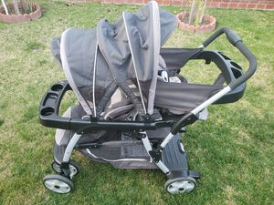 Graco Ready 2 Grow Double Stroller for Sale in Norwalk, CA