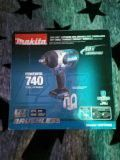 Makita 1/2'' high torque impact wrench for Sale in Alameda, CA