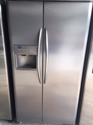 "Frigidaire stainless steel refrigerator 36""W 69""H in excellent condition plus 6 months warranty for Sale in Pompano Beach, FL"