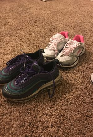 Nike's and Fila deal 2 shoes for 30$ size 3.5y for Sale in Hawthorne, CA