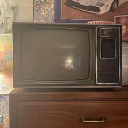 Free Zenith TV for Sale in Beaver,  PA