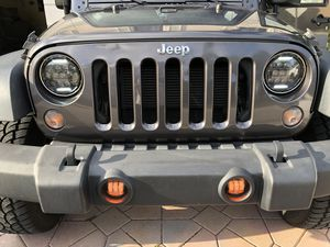 Jeep Wrangler LED headlights and fog lights for Sale in Coconut Creek, FL