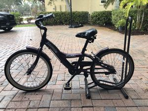 Jamis girls starlite purple bike. Medium size for Sale in FL, US