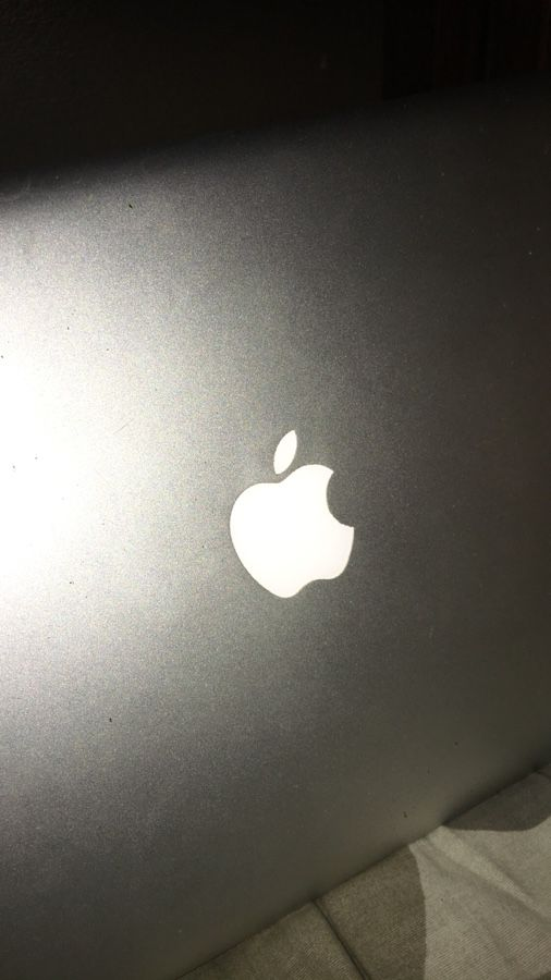 Apple 🍏 MacBook Pro laptop