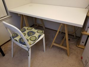 Table and chair for Sale in Fremont, CA