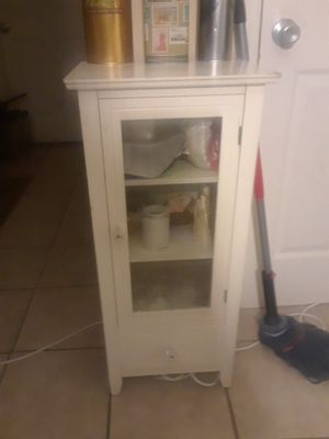 Kitchen display cabinet or bathroom for Sale in St. Louis, MO