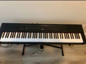 Artesia piano am3 for Sale in Cincinnati, OH