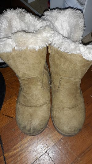 Girls cat and Jack boots size 11 for Sale in Highland Heights, KY