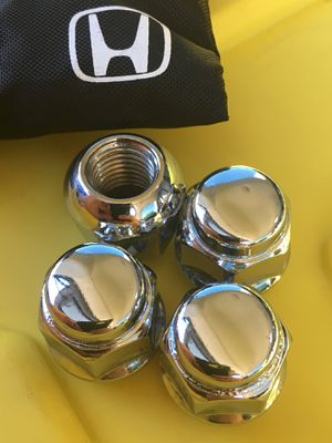 Honda / Acura Lug Nuts 19mm Genuine 4Pcs for Sale in West Hollywood, CA