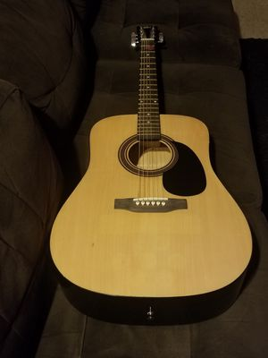 Rogue acoustic guitar for Sale in Salinas, CA
