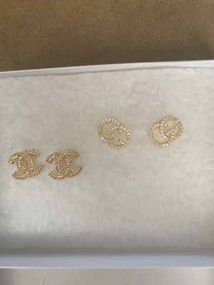 Silver diamond earrings for Sale in Fairfield, CA