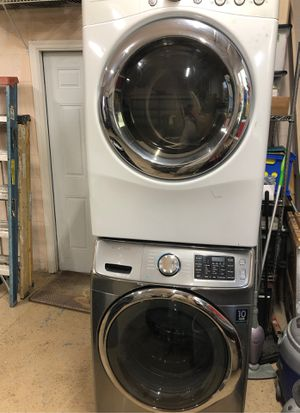 Samsung washer & LG Electric Dryer for Sale in Merritt Island, FL