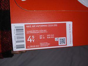 Nike vapormax 2019 GS for Sale in Modesto, CA