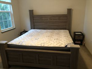 KING Bedroom/ mattress/ chest set can be sold separate .. negotiations are up for Sale in Tampa, FL