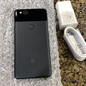 Google Pixel 2 Factory Unlocked With Accessories for Sale in Brier, WA