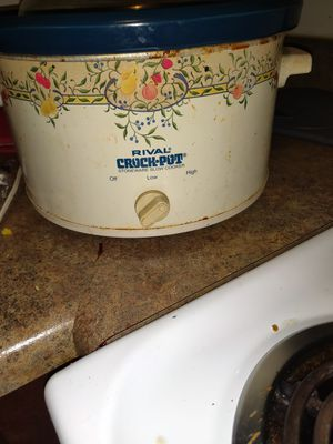 Crock pot nice and need gone for Sale in St. Louis, MO