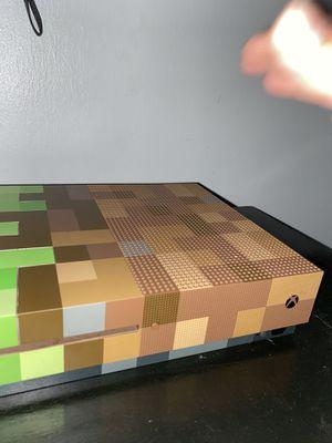 Xbox one , 1tb Minecraft for Sale in Brandon, FL