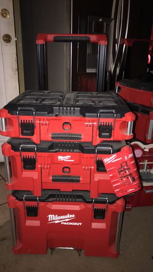 Tool box Milwaukee for Sale in Paramount, CA
