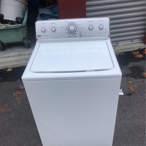Maytag Working Washer for Sale in Uxbridge, MA