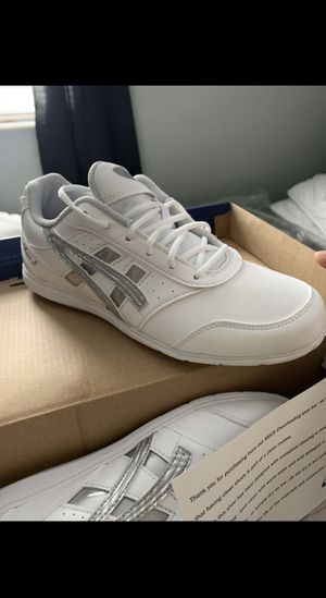 Brand new ASICS cheer shoes for Sale in Columbus, OH