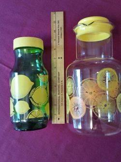 2 Glass Juice Pitchers / Carafes / Decanters $5 Each: Clear 2 Qt. Pyrex & Green 1 Qt. Anchor Hocking for Sale in Malvern,  PA