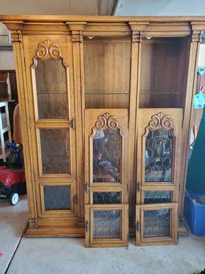 Antique Drexel Velero china cabinet for Sale in Livonia, MI