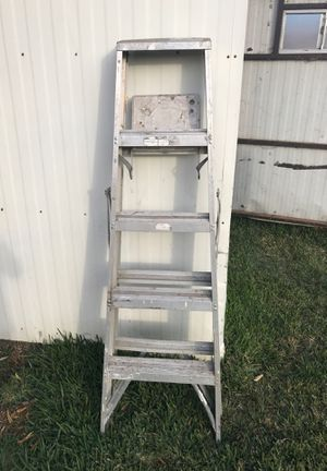 5 foot Ladder for Sale in Cypress, CA