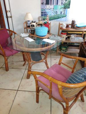 Dining room table set with chairs for Sale in Hollywood, FL