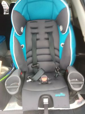 Evenflo car seat up to 50lbs for Sale in Fort Wayne, IN