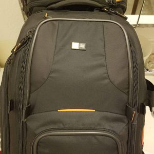 Case logic DSLR Camera Bag New for Sale in Bothell, WA