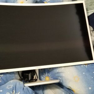 Samsung 32 Inch Curved Screen Monitor for Sale in Los Angeles, CA